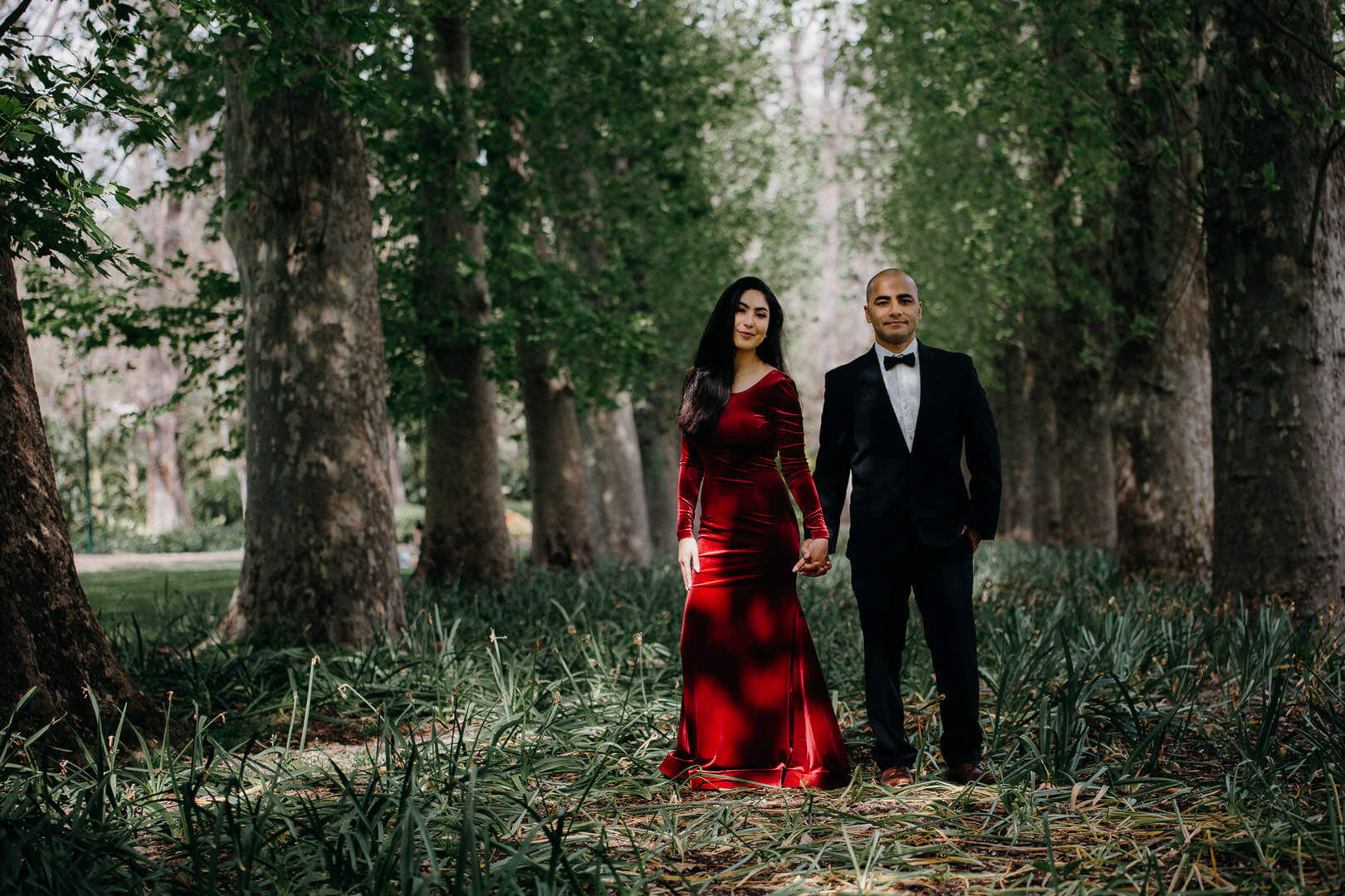 fitzroy gardens engagement photography